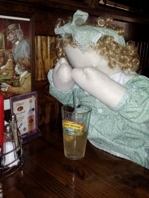Penelope Anne tries a Long Island at CS3
